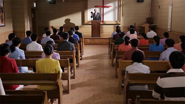2. Por que se diz que pastores e anciãos religiosos estão todos seguindo a senda dos fariseus? Qual é a essência deles?